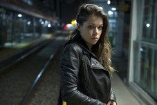 uktv-orphan-black-episode-2-5