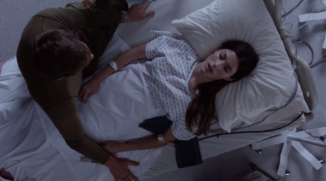 Dexter-s8-ep12-Dexter-with-Deb-as-she-dies-in-hospital