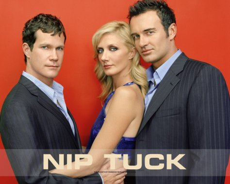 nip_tuck_wallpaper_1280x1024_3