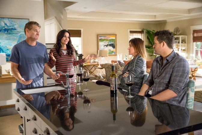 Cougar Town Pregnancies, Wine and Season 6?