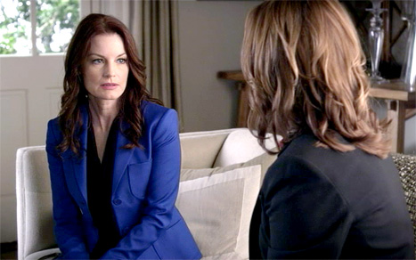 Laura Leighton stars as Ashley Marin in Pretty Little Liars