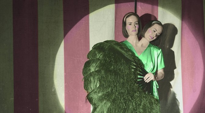 AHS Freak Show Episode 1 Review