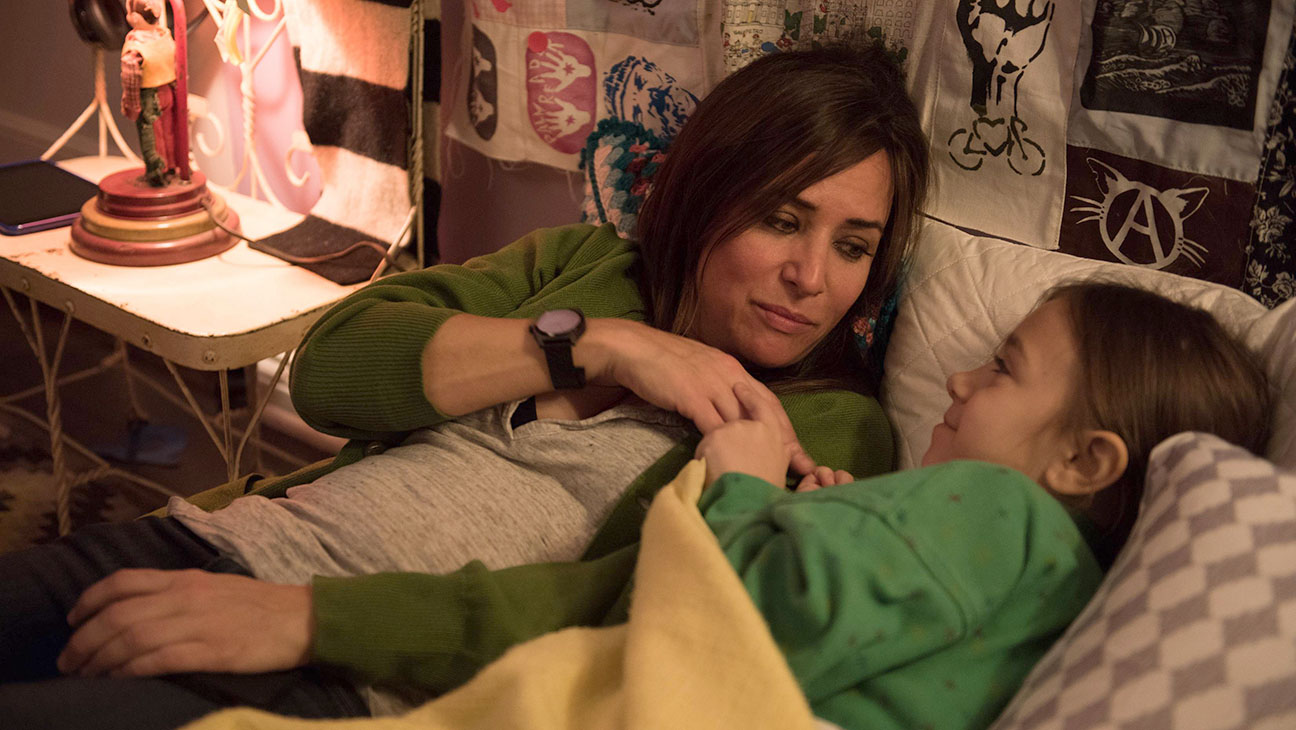better_things_-_pamela_adlon_-_still_-_h_-_2016