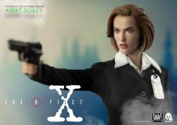 ThreeZero-X-Files-Agent-Scully-013